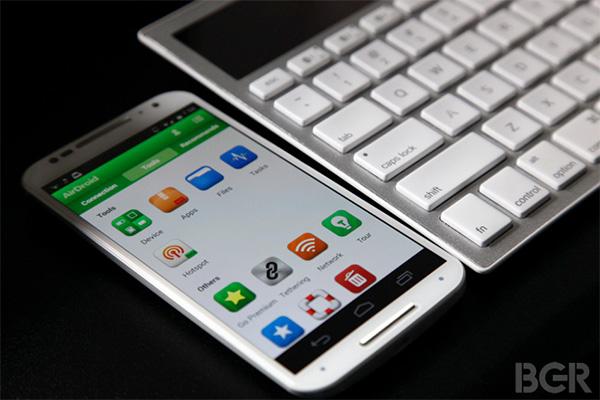 Все лучшее от iOS 8 на вашем «андроиде»: раньше, чем у владельцев айфонов.